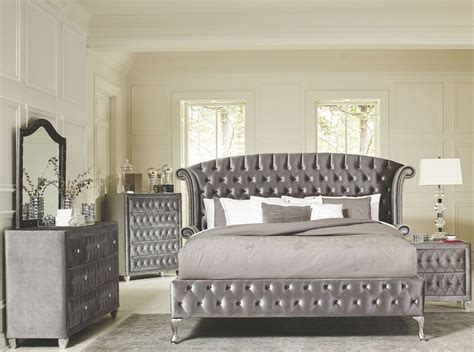 deanna grey velvet queen platform bedroom set