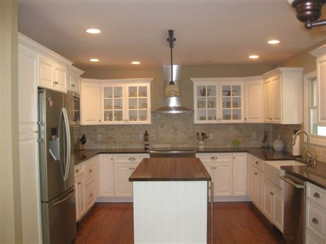 u shaped kitchen design with island u shaped kitchen flip house ideas pinterest kitchens layout and islands