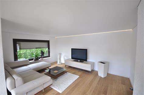 Led Deckenlen Wohnzimmer by Spanndecke In Matt Wei 223 Mit Led Band In Der Schattenfuge