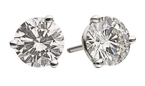Stars in Studs: Simple Diamonds Run the Red Carpet