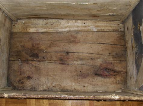 renovation dune ancienne malle en bois