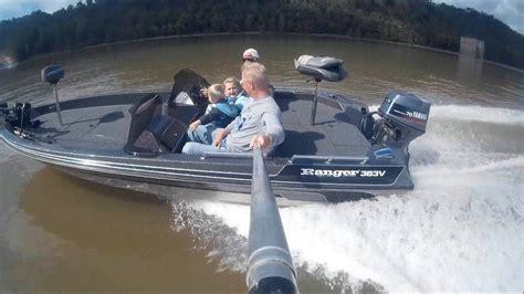 Ranger Boats Youtube by Ranger Bass Boat Youtube