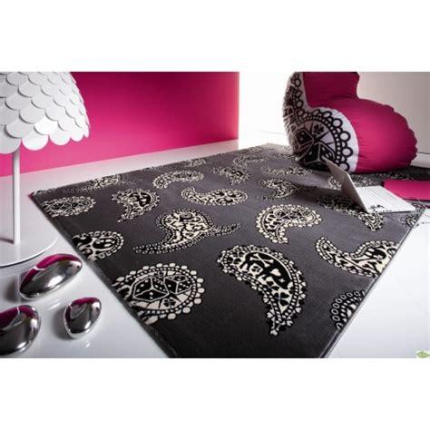 les tapis de chambre a coucher tapis design pas cher tapis salon contemporain meubles