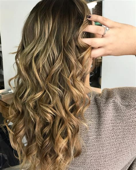 34 Hottest Long Brown Hair Ideas for Women in 2018
