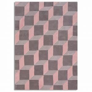 tapis de salon 3d geometrique en laine gris et rose cult With tapis rose gris
