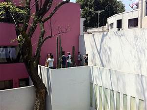 The Upper Floor : luis barragan house and studio historical facts and ~ Farleysfitness.com Idées de Décoration
