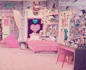 Cats Room Aww Ariana Grande Bedrooms On Sam And Cat