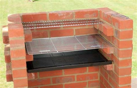 indoor outdoor fireplaces diy guide to building a brick bbq in a patio area how to