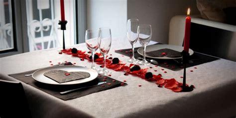 que cuisiner pour un repas en amoureux reussir dîner en amoureux amourfou com