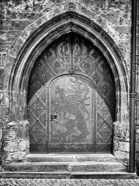 door goal   photo  pixabay