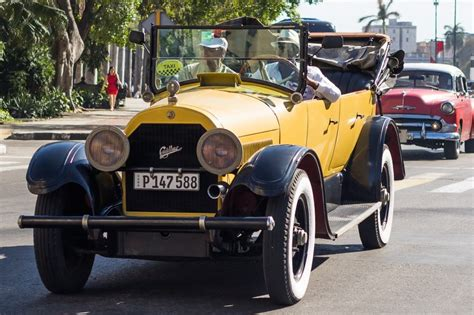 Why Does Cuba Have So Many Vintage Cars? Why