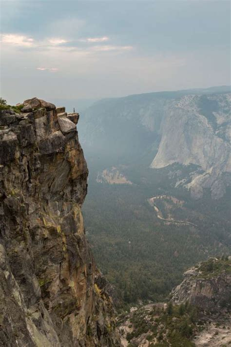 Man And Woman Fall To Death From Taft Point In Yosemite