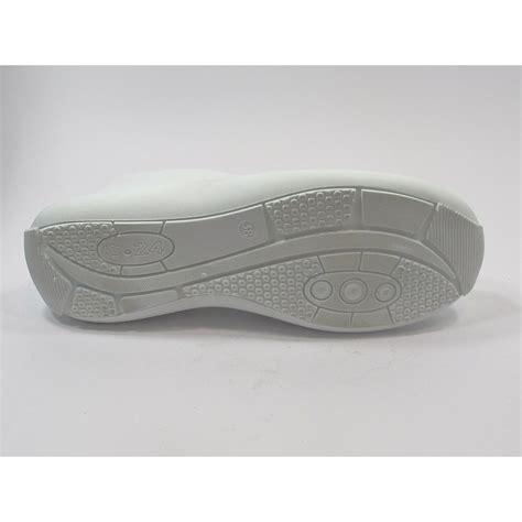 chaussure securite cuisine chaussure de sécurité cuisine femme blanche lisashoes