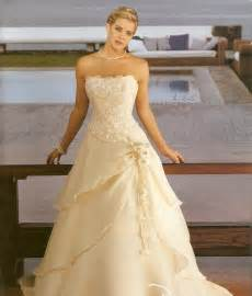 gold chagne bridesmaid dresses wedding dresses gold and flower dresses