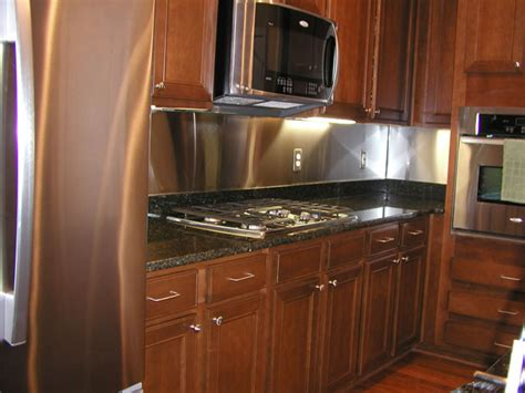 Stainless Steel Backsplash Pictures : How To Measure Your Stainless Steel Backsplash / Commerce
