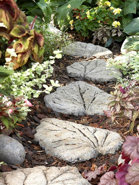 25 amazing diy stepping ideas for your garden