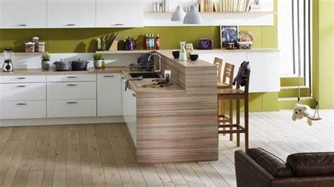 cuisine en bois h黎re déco cuisine bois clair