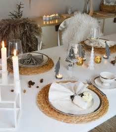 Centerpieces For Dining Room Table Ideas by 28 Christmas Dinner Table Decorations And Easy Diy Ideas