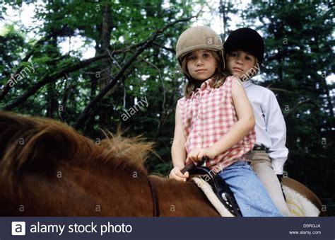 Marykate Olsen & Ashley Olsen It Takes Two; Me & My Shadow (1995 Stock Photo 55222338 Alamy