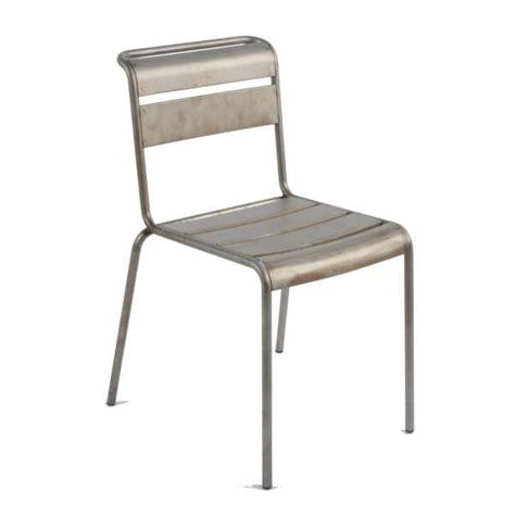 chaise en métal chaise industrielle en métal lutetia 4 pieds tables