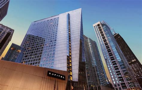 downtown chicago hotels the magnificent mile