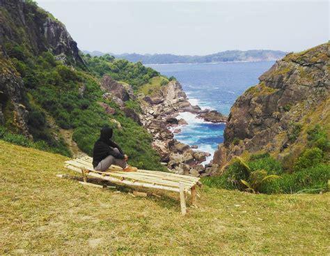 bukit  jogja  pemandangan pantai  estetik