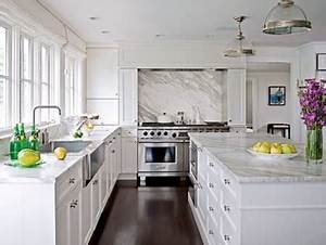 Willow decor kitchen trend no upper cabinets for Kitchen design with no top cabinets