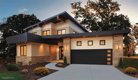 Modern Style Homes by Garage Doors For Modern Style Homes
