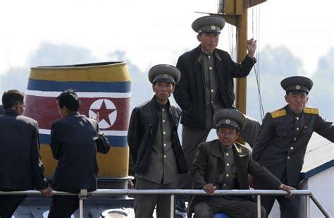 Ceturtdienas atskats: Ziemeļkoreja atklāj plānus; Pauls ...