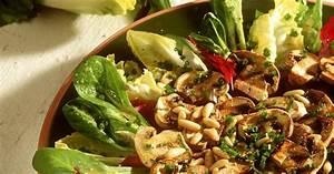 Pilze Auf Komposthaufen : gebratene pilze auf blattsalaten rezept eat smarter ~ Lizthompson.info Haus und Dekorationen