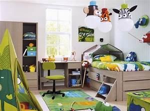 Lit Enfant 4 Ans : deco chambre garcon 4 ans ~ Teatrodelosmanantiales.com Idées de Décoration
