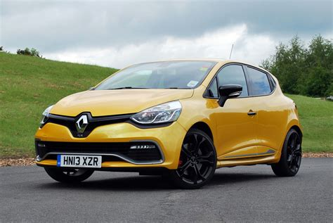 Renault Clio R S Backgrounds by 2014 Renault Clio R S 200 Edc Cars Wallpapers
