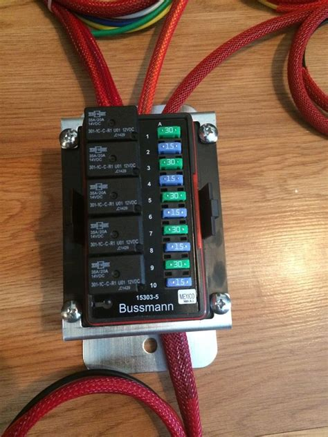universal waterproof fuse box relay panel distribution