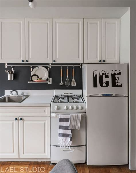 kitchen accessories nyc west nyc bachelor pad apartment kitchen featuring 2139