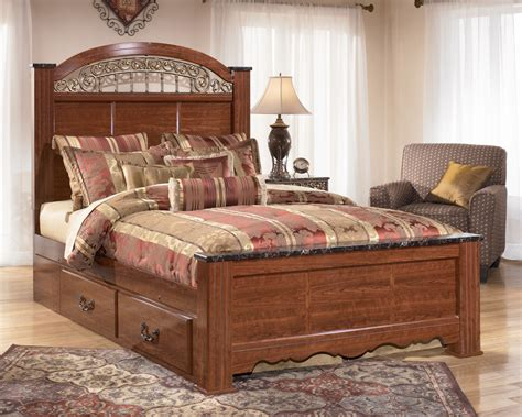 Ashley Furniture Fairbrooks Estate King Poster Storage Bed