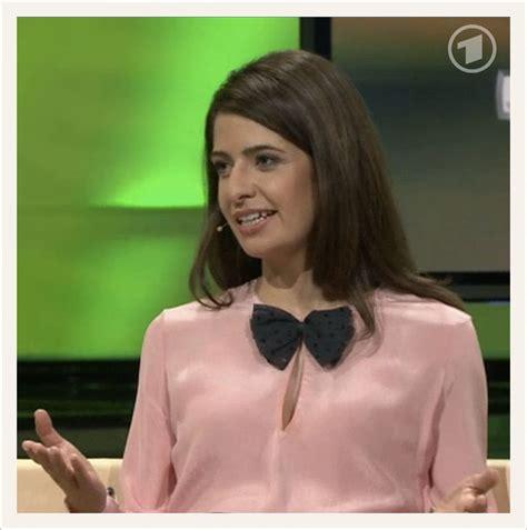 gorgeous linda zervakis wearing  blouse  ard