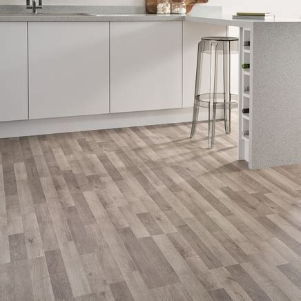 Grey Oak Laminate Flooring Strip   Howdens Joinery