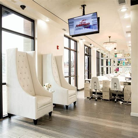 about the best atlanta nail salon treat your nails