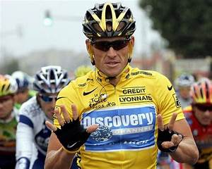 Lance Armstrong apologizes to Livestrong Foundation staff