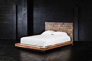 Fond De Lit : t te de lit en palette un projet peu co teux pour vos embellir votre chambre ~ Teatrodelosmanantiales.com Idées de Décoration