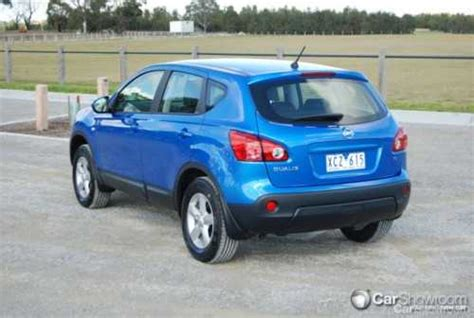 nissan dualis 2009 review 2009 nissan dualis 2wd car review carshowroom