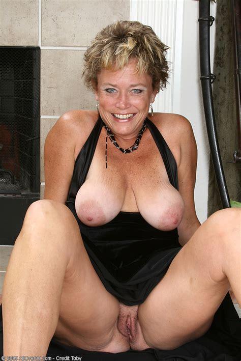 Elegant Granny Nude
