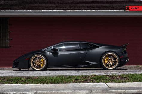 Matte Black Lamborghini Huracan On Contrasting Gold Rims