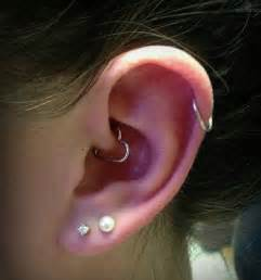 cartlidge hoop cartilage ring dual lobe and ear heart piercing
