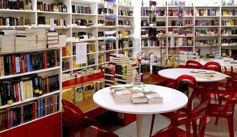 libreria mondadori napoli presentazione della stagione 15 16 libreria mondadori al