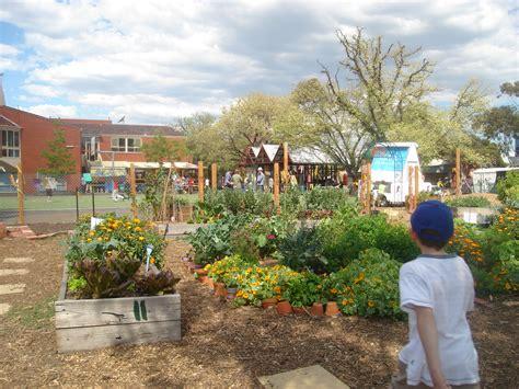 I School Kitchen Gardens  Sustainable Self Sufficiency