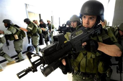 swat police team militarization active states united shooter aclu training county report snapshot takes alabama teams american units exercise jefferson