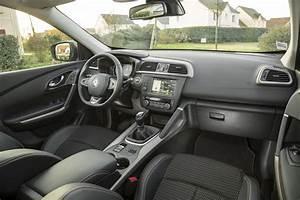 Renault Kadjar Black Edition : renault kadjar black edition nouvelle s rie sp ciale du suv renault photo 3 l 39 argus ~ Gottalentnigeria.com Avis de Voitures