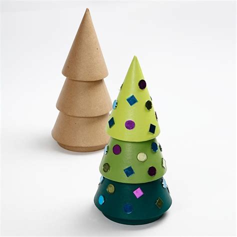 paper mache christmas tree 30 5cm tall giggle factory