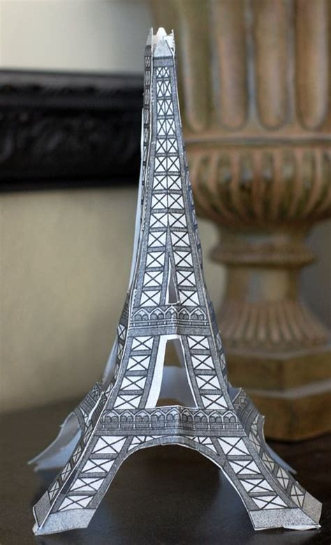 printable paper toys eiffel tower   paper